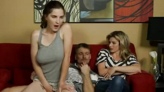 Ali porn hub enceinte Baba baise trois esclaves à tour de rôle